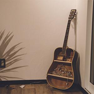 第3話:昔使っていたギターをアレンジ!建具職人の手で生まれ変わりました。